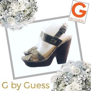 G BY GUESS Metallic Reptile Print Platform Sandals